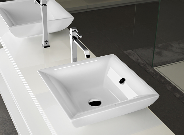 Sanitary bathroom set indesign showroom london for In design bathrooms