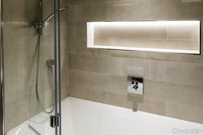 Contemporary Bathroom 2