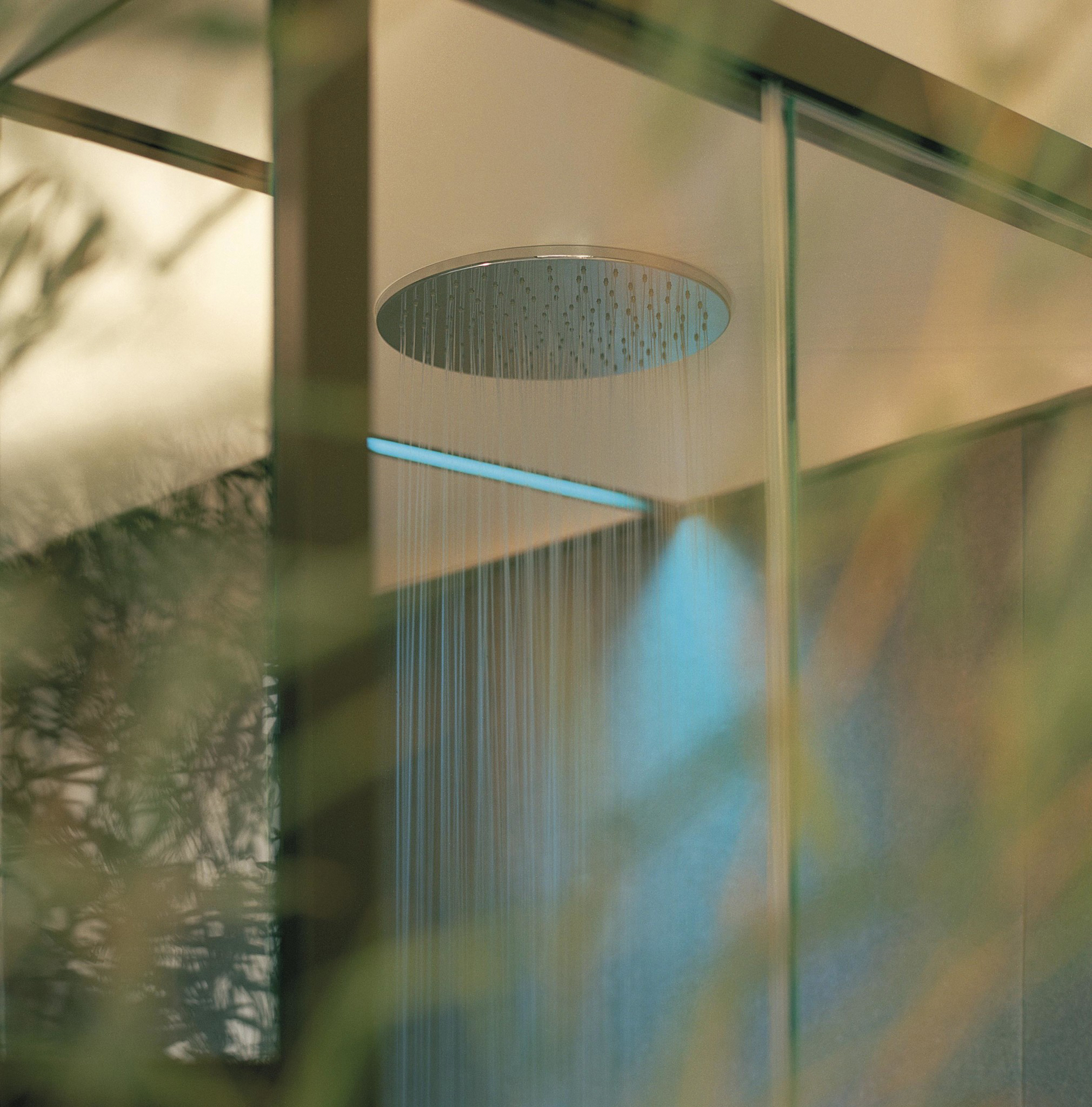 10 - RGB LED Chromotherapy And Round Shower Head